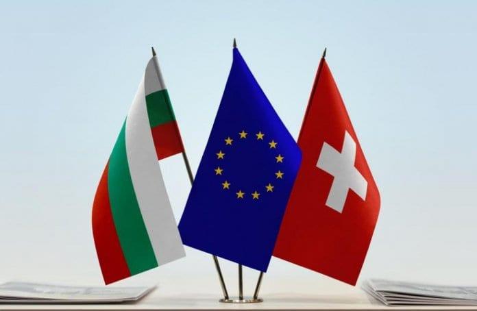 Швейцария премахва ограниченията за работа