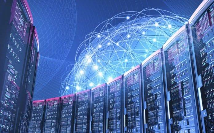 Един от 8-те суперкомпютъра на Европейския съюз ще бъде в София. Това стана ясно след като еврокомисарят по цифровата икономика и общество