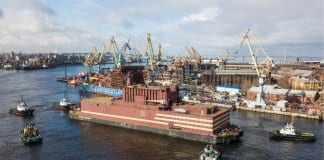 В Русия заработи първият плаващ АЕЦ