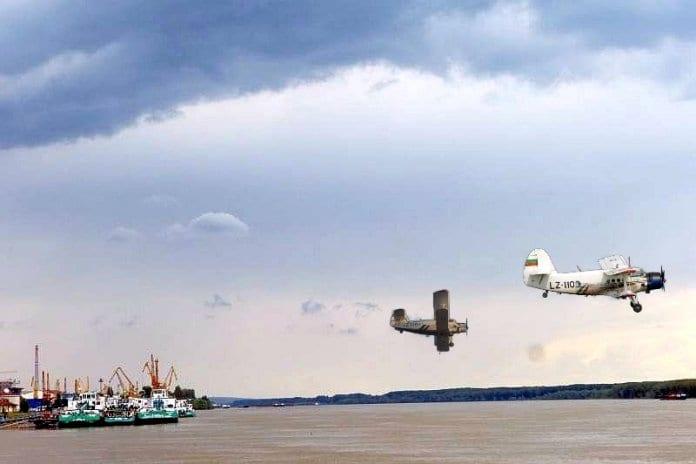 Ескадрила самолети