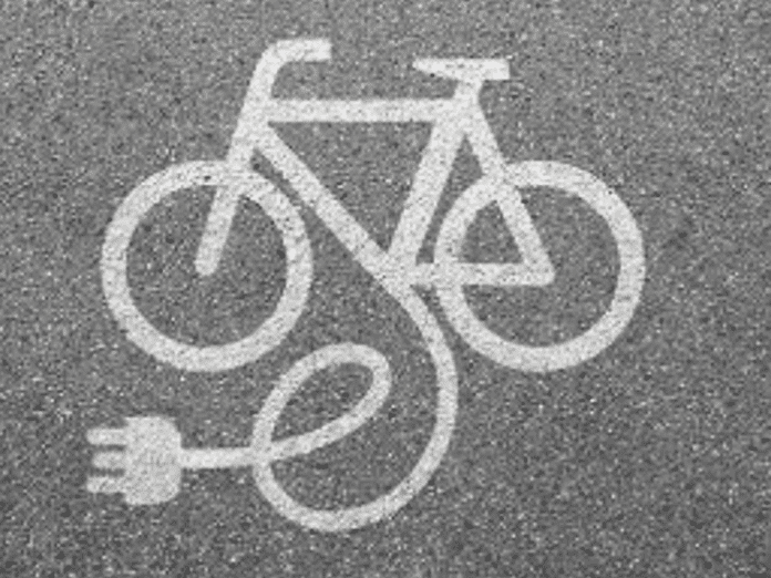 Париж ще дава по 500 евро за покупката на електрически велосипед