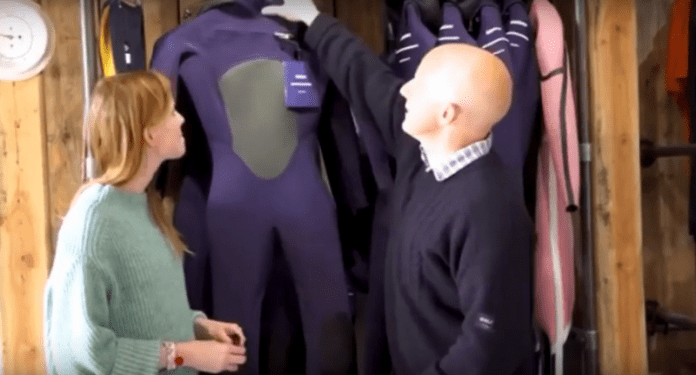 Разработиха първия биоразградим костюм за сърф