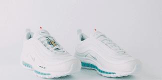 Nike пусна маратонки със… светена вода