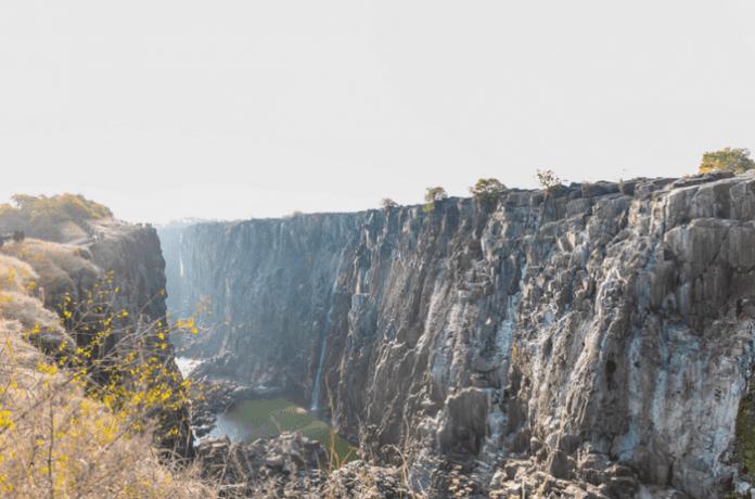 """Водопадът """"Виктория"""" пресъхва"""