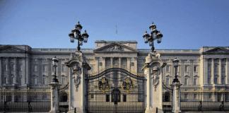 Кой иска да работи за британската кралица Елизабет II?